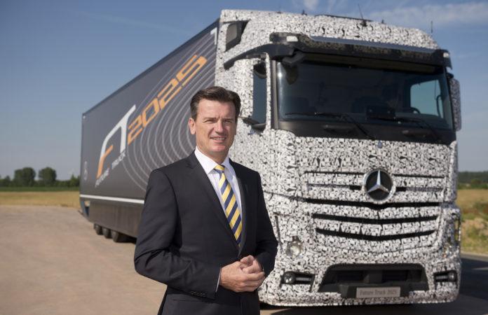 Daimler Showcases The Self Driving Mercedes Benz Future
